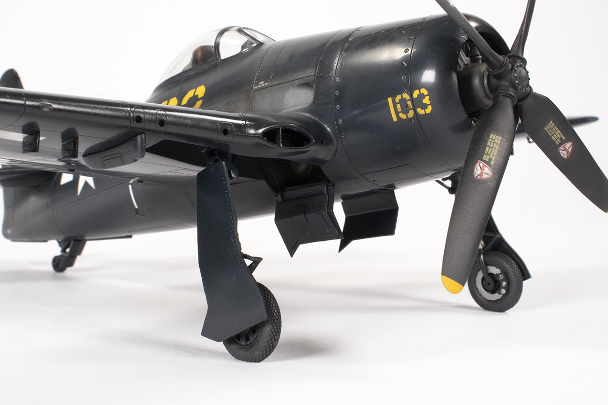 F8F_38.jpg